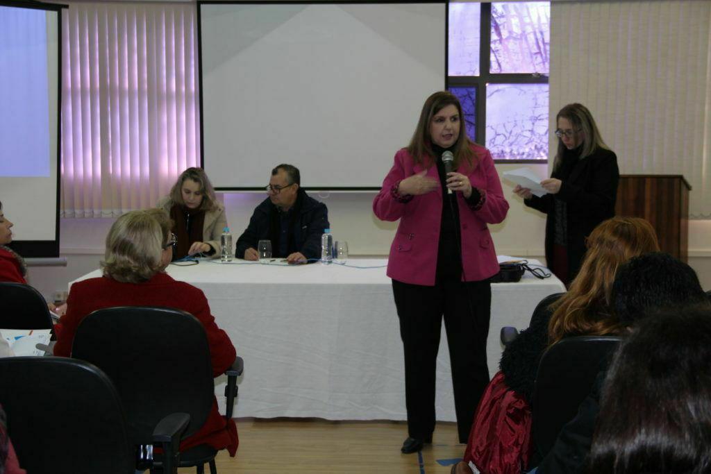Núcleo de Educação a Distância promove reunião com coordenadores de polo