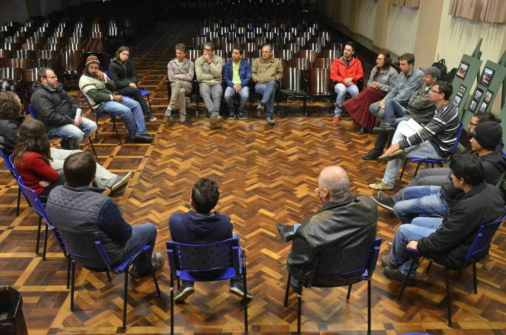 """Filme francês """"O Ódio"""" é tema de debate e conferência"""