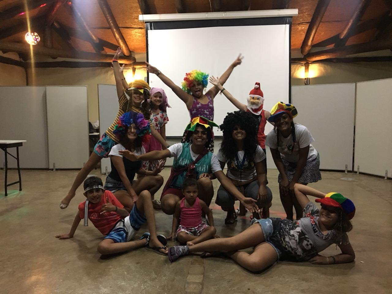 Estudantes de Turismo aproveitam férias para fazer estágio em pousada do litoral paulista