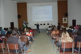 Acadêmicos de Veterinária promovem segundo Ciclo de Palestras