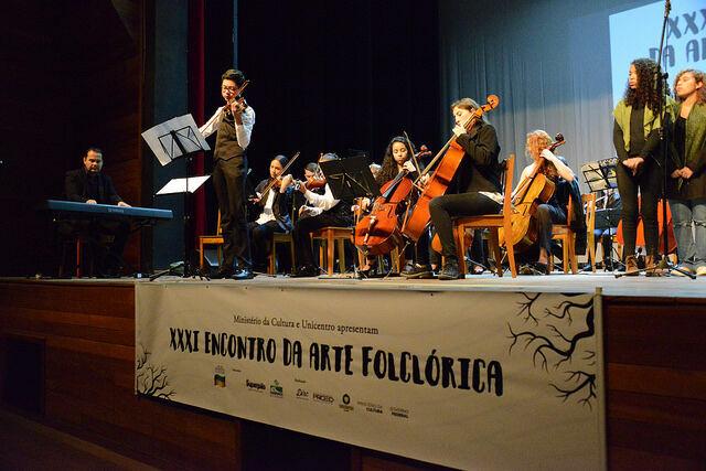Cancioneiro popular é destaque de noite do Encontro de Arte Folclórica