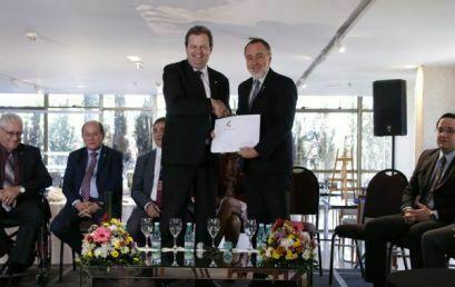 Aldo Bona encerra mandato a frente da Associação Brasileira dos Reitores das Universidades Estaduais e Municipais