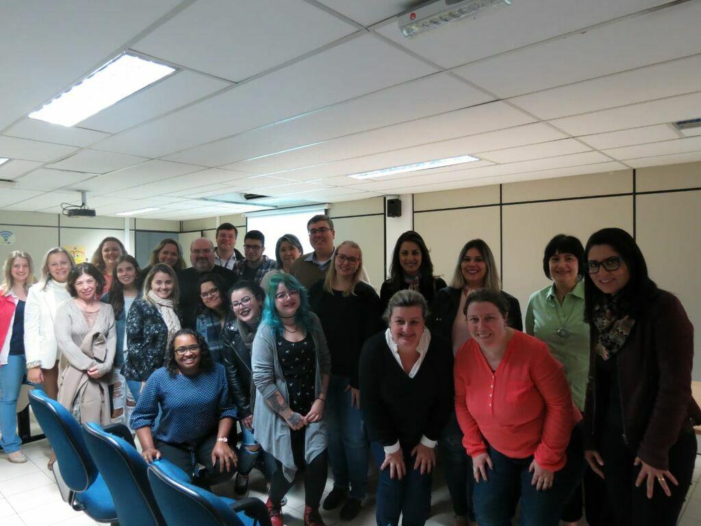 Curso de Jornalismo Científico reúne profissionais das universidades paranaenses em Curitiba