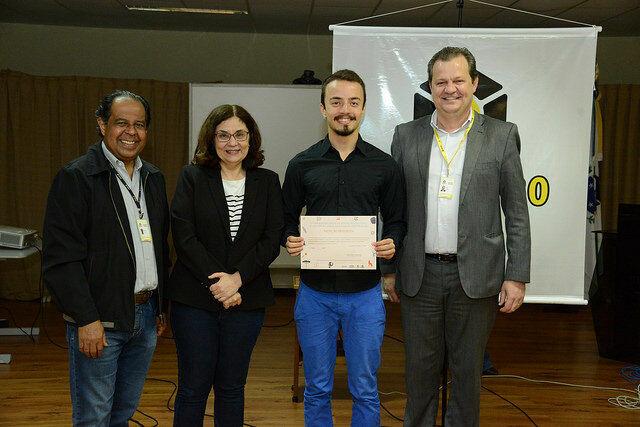 Unicentro premia melhores trabalhos de IC desenvolvidos na universidade entre agosto de 2017 e julho de 2018
