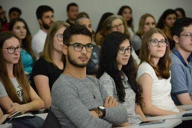 Aula Inaugural marca primeiro dia de aula do curso de Medicina