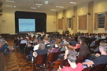 Internacionalização é tema de aula inaugural do Setor de Sociais Aplicadas do campus de Irati
