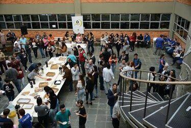 """""""Café no campus"""" reúne professores, funcionários e estagiários do Santa Cruz"""