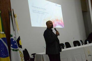 Simpósio discute Pesquisa, Pós-Graduação e Inovação Tecnológica na Unicentro