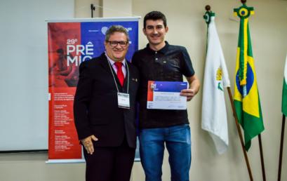 Egresso da Unicentro entre os vencedores do Prêmio Paraná de Economia
