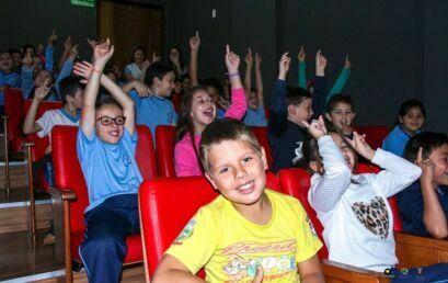 Sessão de cinema marca encerramento de mais uma etapa do projeto de extensão Florescer