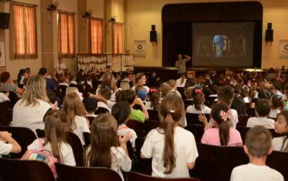 CineKids do campus Irati proporciona atividades lúdicas na Semana da Criança