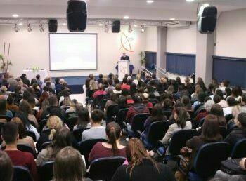Palestras comemoram criação do Instituto para Pesquisa do Câncer em Guarapuava