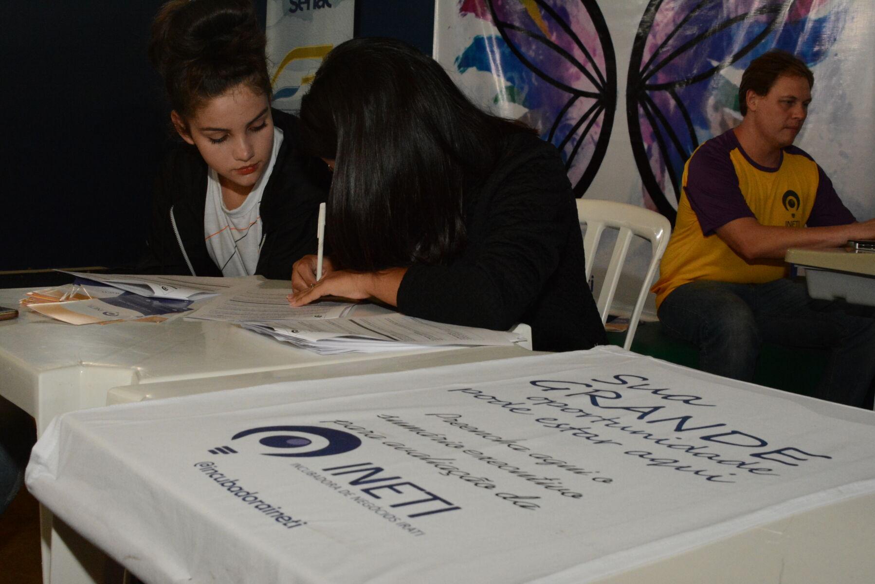 Incubadora de Negócios da Unicentro participa de Feira de Empreendedorismo de Irati