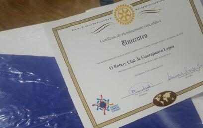 Rotary homenageia Unicentro