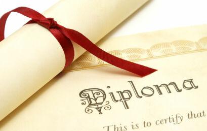 Unicentro recebe inscrições para ingresso como portador de diploma ou por transferência externa