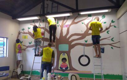 Revitalização de biblioteca é última ação da equipe Unicentro em Lindoeste