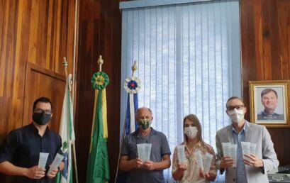Mais dois municípios recebem álcool-gel proveniente de parceria Unicentro-O Boticário