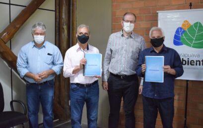Unicentro repassa à Prefeitura de Guarapuava diagnóstico sócio-ambiental do Rio das Pedras