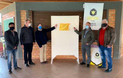 Solenidade marca entrega do projeto da Energisa que proporcionou melhorias na iluminação do campus Cedeteg