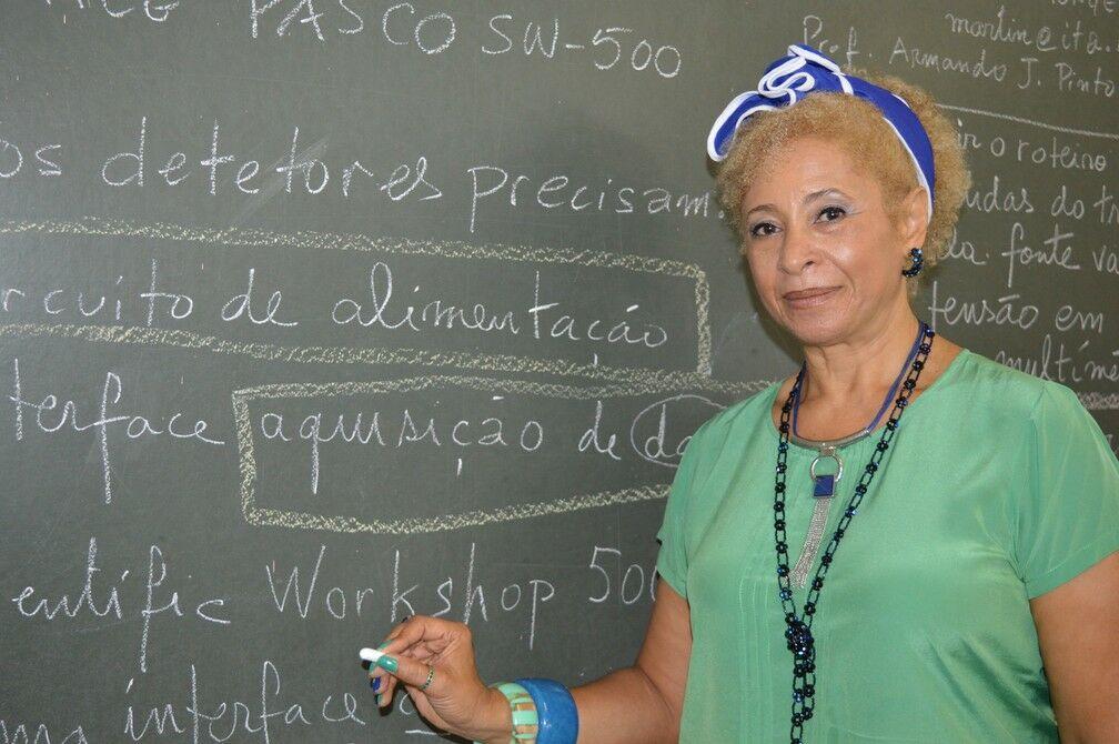 Sônia Guimarães