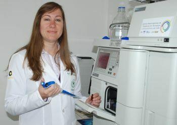 """Professora da Unicentro é vencedora do prêmio """"LOréal Brasil para Mulheres na Ciência"""""""