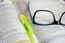 Cursos de pós-graduação lato e stricto sensu