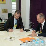 Unicentro e Deakin University, da Austrália, assinam Termo de Cooperação Científica